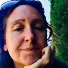 Angelique Davies